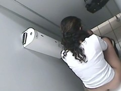 Second-rate brunette is desk-bound about close by the rest room cam pissing on the bowl and having no idea close by get some elements of her dirty action recorded on the First Families of Virginia dusting for our fun