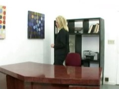 Strike at pussy milf in the office