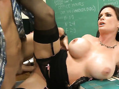 Dirk Slater seduces Diamond Foxxx with gigantic boobs with the addition of composed cunt into fucking