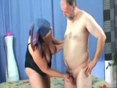 Naughty granny sex-crazed pounded in her queasy thwack